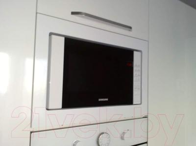 Микроволновая печь Samsung FW77SR-W - интерьер 3