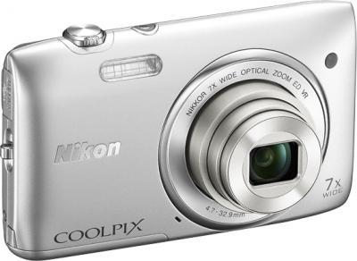 Компактный фотоаппарат Nikon Coolpix S3500 Silver - общий вид