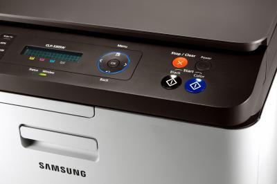 МФУ Samsung CLX-3305W - панель управления