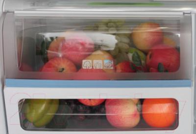 Холодильник с морозильником Sharp SJ-FP97VBE