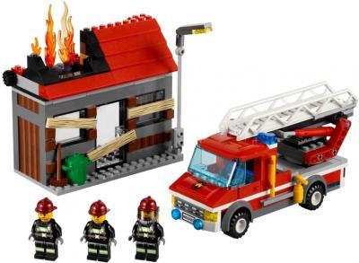 Конструктор Lego City Тушение пожара (60003) - общий вид