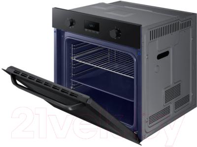 Электрический духовой шкаф Samsung NV70K1310BB/WT