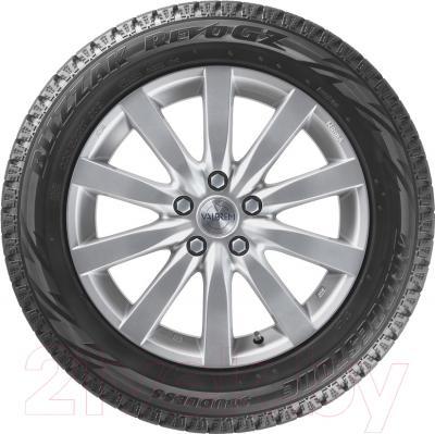 Зимняя шина Bridgestone Blizzak Revo GZ 205/60R16 92S