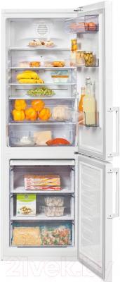 Холодильник с морозильником Beko RCNK321K21W