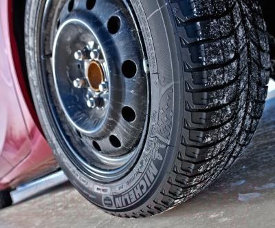 Зимняя шина Michelin X-Ice 3 185/70R14 92T