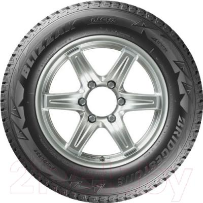 Зимняя шина Bridgestone Blizzak DM-V2 275/65R18 114R