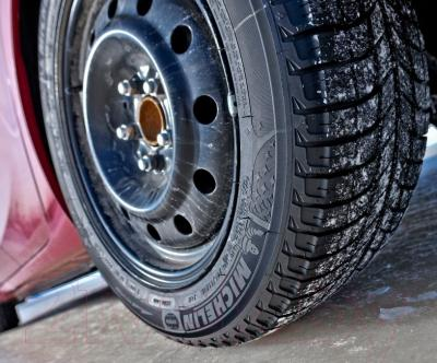 Зимняя шина Michelin X-Ice 3 225/60R18 100H