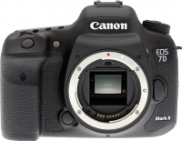 Зеркальный фотоаппарат Canon EOS 7D Mark II Body -