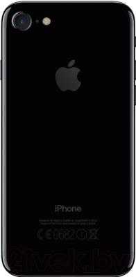 Смартфон Apple iPhone 7 128GB (черный оникс)