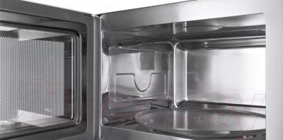Микроволновая печь Bosch HMT84M451 - с открытой дверцей