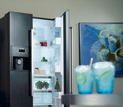 Холодильник с морозильником Bosch KAN58A55RU