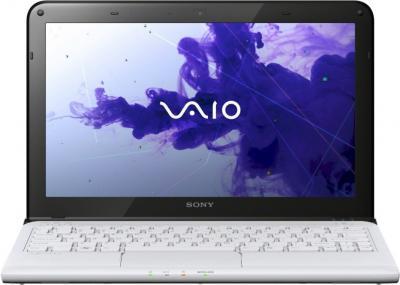 Ноутбук Sony VAIO SV-E1113M1R/W - фронтальный вид