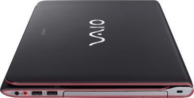 Ноутбук Sony VAIO SV-E14A3M1R/B - вид сбоку