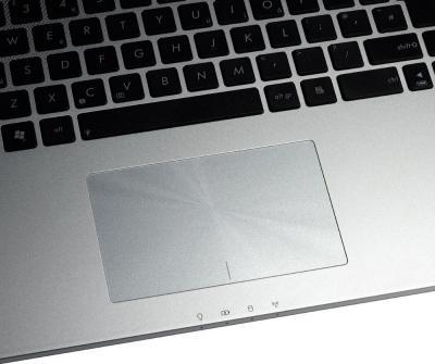 Ноутбук Asus N76VB-T4006D - тачпад