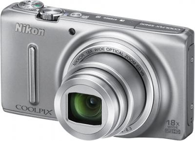 Компактный фотоаппарат Nikon Coolpix S9400 Silver - общий вид