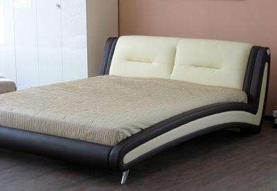 Двуспальная кровать Королевство сна Beatriche А1055 180х200 (коричневая) - в интерьере