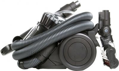 Пылесос Dyson DC22 Motorhead - компактное хранение шланга