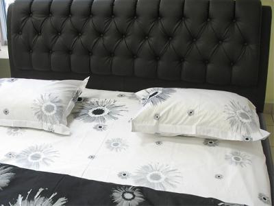 Двуспальная кровать Королевство сна Casa 160x200 (темно-коричневая, с основанием) - обивка изголовья