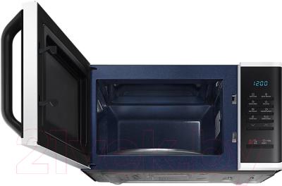 Микроволновая печь Samsung MS23K3513AW - с открытой дверцей