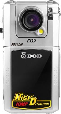 Автомобильный видеорегистратор DOD F920LN - фронтальный вид