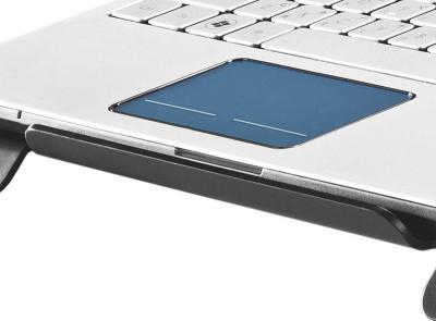 Подставка для ноутбука Cooler Master NotePal CMC3 (R9-NBC-CMC3-GP) - с ноутбуком