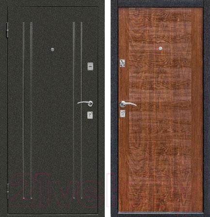 левая дверь входная