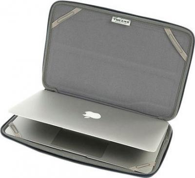 Чехол для ноутбука Tucano Innovo Black (BFIN11)