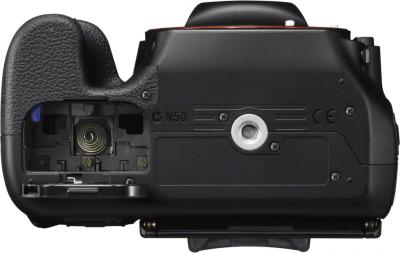 Зеркальный фотоаппарат Sony SLT-A58M Kit 18-135mm - вид снизу