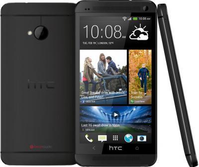 Смартфон HTC One Black - сзади, спереди и боком