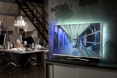 Телевизор Philips 42PFL7108S/60 - в интерьере