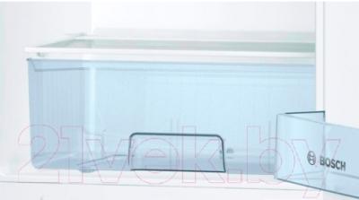 Холодильник с морозильником Bosch KGV39VW13R