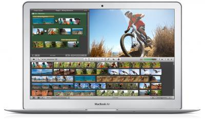 """Ноутбук Apple MacBook Air 11"""" (MD712RS/A) - фронтальный вид"""