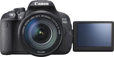Зеркальный фотоаппарат Canon EOS 700D Kit 18-135 STM - поворотный экран