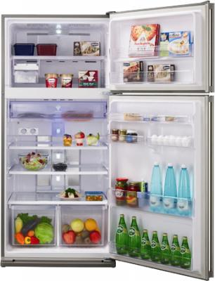 Холодильник с морозильником Sharp SJ-SC55PVBK - с открытой дверью