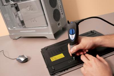 Профессиональный гравер Dremel Engraver 290-1 (F.013.029.0JZ) - в работе
