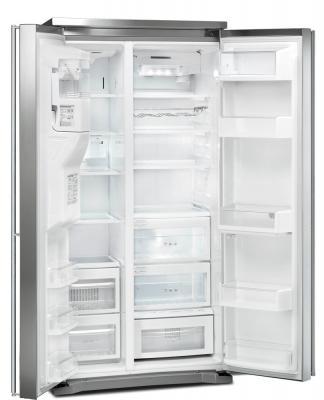Холодильник с морозильником Smeg SBS8003PO9 - с открытыми дверьми