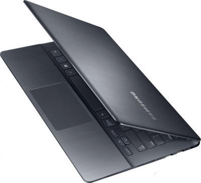 Ноутбук Samsung ATIV Book 7 (NP740U3E-X01RU) - общий вид