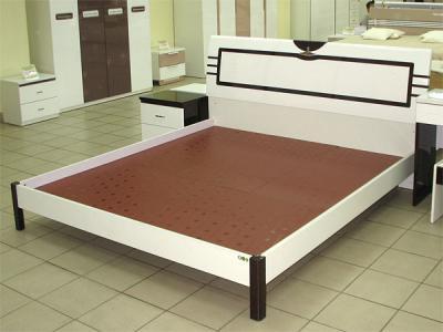 Двуспальная кровать Королевство сна Paola-004 180х200 (белый глянец с венге) - общий вид