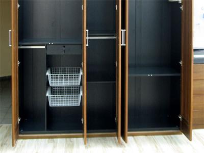 Шкаф Королевство сна Moderno-004 (коричневый с черным) - внутренние полки