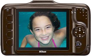 Компактный фотоаппарат Nikon Coolpix S31 Brown - вид сзади