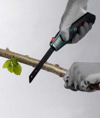 Ручная пила по дереву Bosch Promoline 2.607.017.181 - в работе