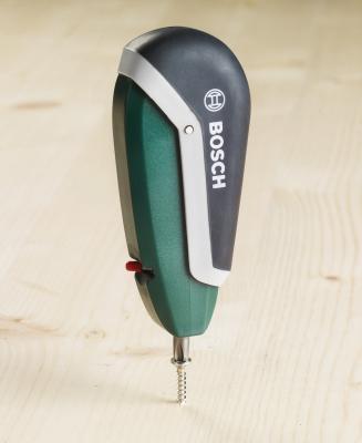 Отвертка Bosch 2.607.017.180 (7 предметов) - в работе