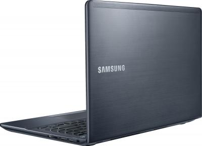 Ноутбук Samsung 470R4E (NP470R4E-K01RU) - вид сзади