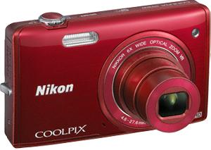 Компактный фотоаппарат Nikon Coolpix S5200 Red - общий вид