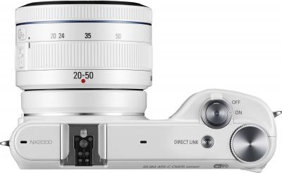 Беззеркальный фотоаппарат Samsung NX2000 (EV-NX2000BFWRU) White - вид сверху