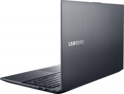 Ноутбук Samsung ATIV Book 8 (NP870Z5E-X01RU) - вид сзади