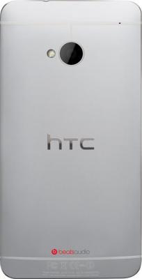 Смартфон HTC One Dual (серебристый) - задняя панель