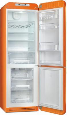 Холодильник с морозильником Smeg FAB32RON1 - с открытой дверью
