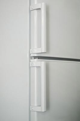 Холодильник с морозильником ATLANT ХМ 4026-400 - ручки-скобы