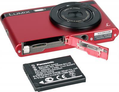 Компактный фотоаппарат Panasonic DMC-XS1EE-R (Red) - общий вид с аккумулятором